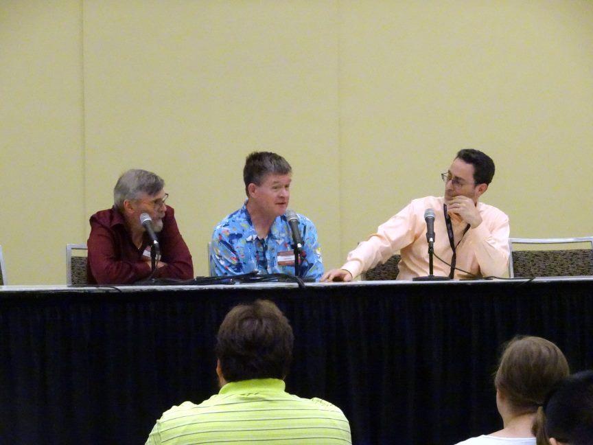 Left to right: Tom Grummett, Karl Kesel, and Robert Greenberger